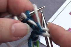 05 Row 2b 04 bring yarn to wrong side