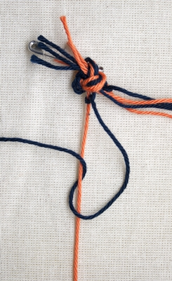 (Double) left knot - step 5